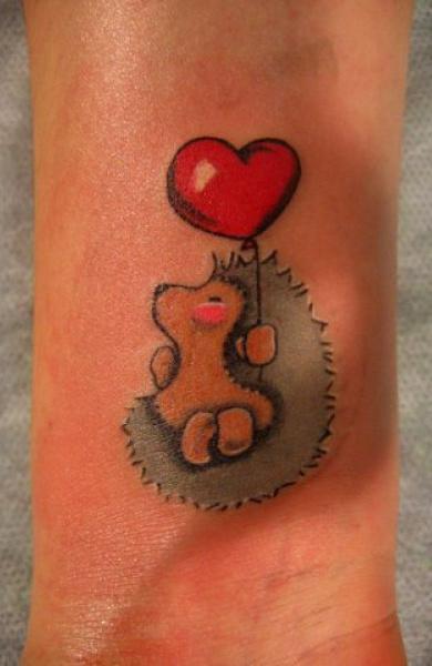 Aţi vrut tatuaj? Poftim tatuaj(e), mă simt generoasă — Printesa Urbana