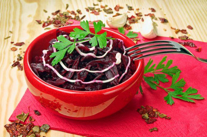 Salata din sfeclă, care restabilește vedere, curăță intestinul și rinichii