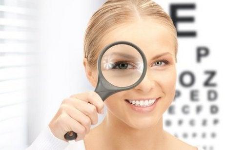 metoda populară de îmbunătățire a vederii vedere perforată