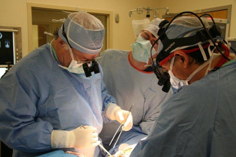 viziune plus intervenție chirurgicală