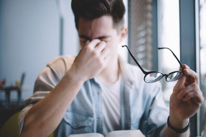Oboseala oculara, sfaturi practice si remedii naturale