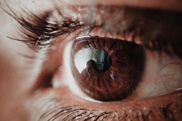 Vederea se deteriorează din cauza purtării ochelarilor