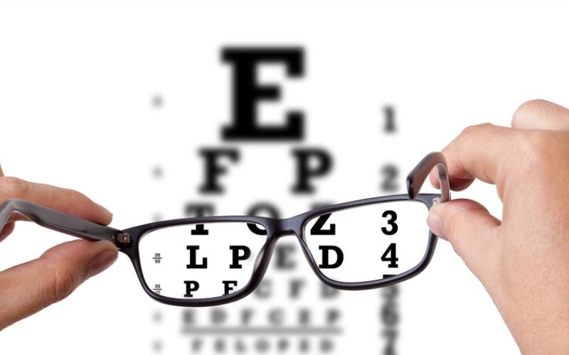 hiperopie și ochelari miopie în stadiile incipiente