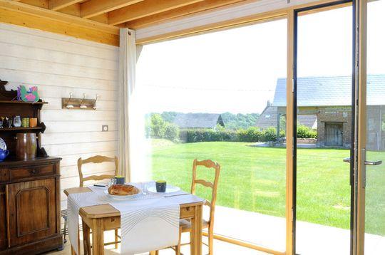 vedere, in afara, fereastră, masa, scaune, mobila, interior, decor, epocă, cameră | Pikist