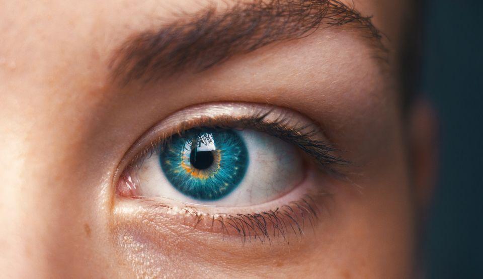 """Îmbunătățirea bruscă a vederii, """"bucuria de scurtă durată"""" care anunță o boală gravă"""