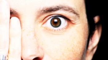 vederea se deteriorează rapid viziunea poate scădea la 0
