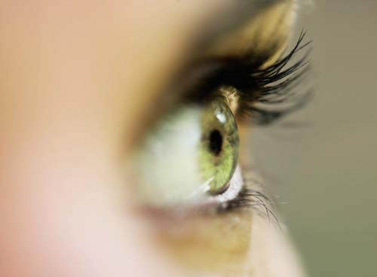 vedere încețoșată la un singur tratament ocular